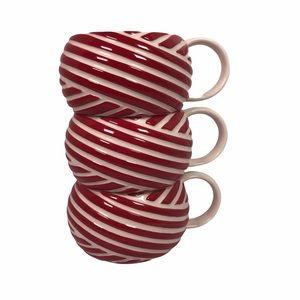 Starbucks Christmas 2013 mugs red white swirl 12oz